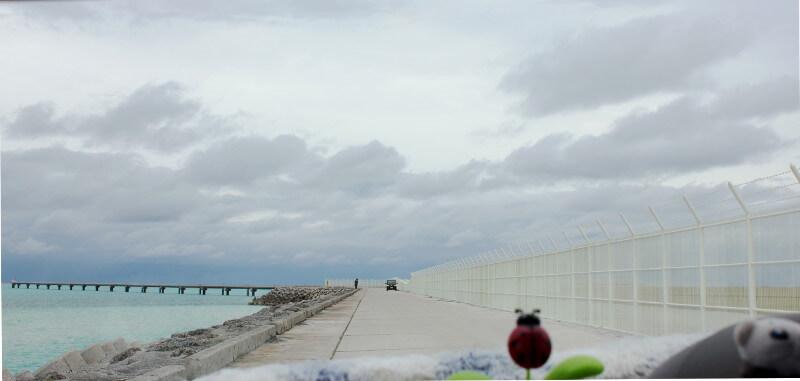 海のすぐそばにある下地島空港