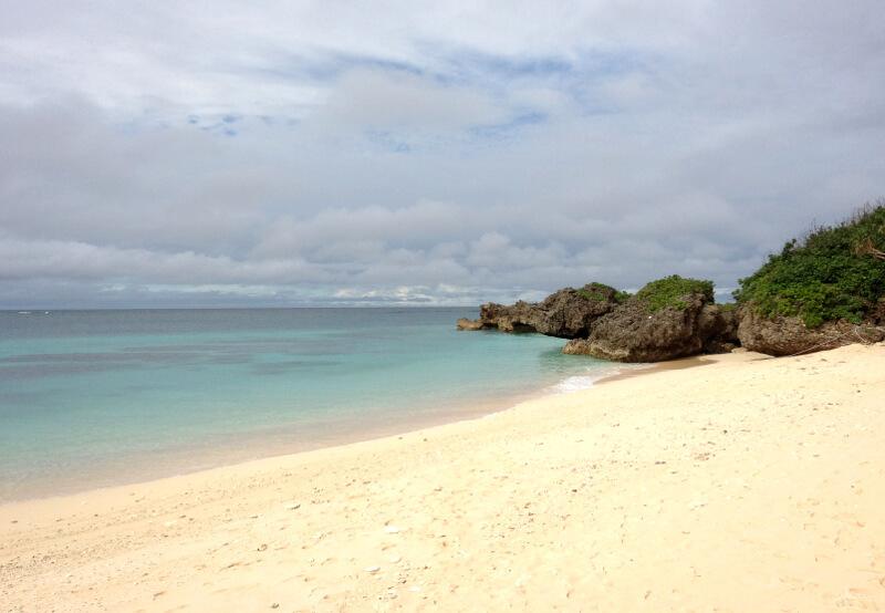 宮古島の日常風景写真-海と砂浜