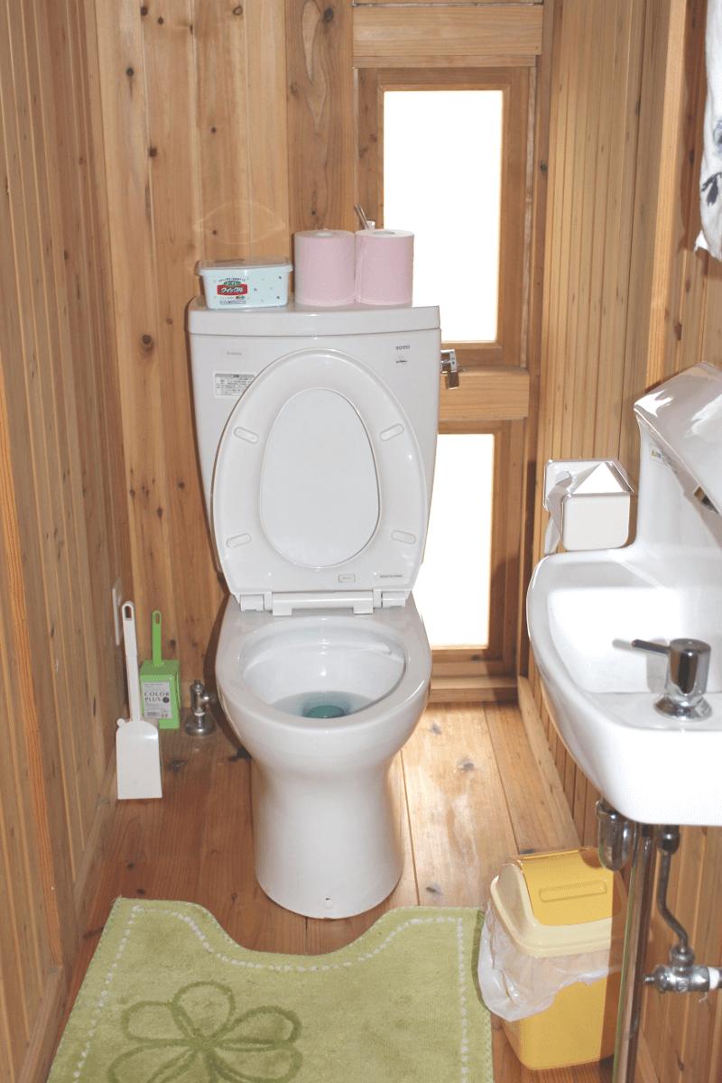 宮古島の郊外型エコハウス-トイレ(お手洗い)