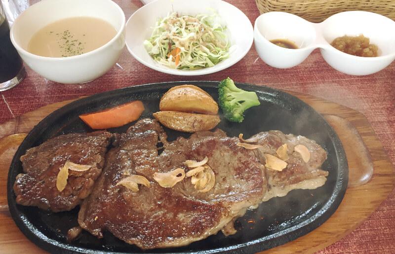 宮古牛のステーキセット