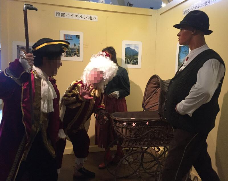 子供を誘拐しようとする中世の音楽家をやっつける海賊