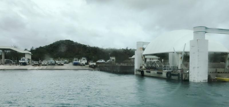宮古島の島尻港からフェリーで大神島へ出発