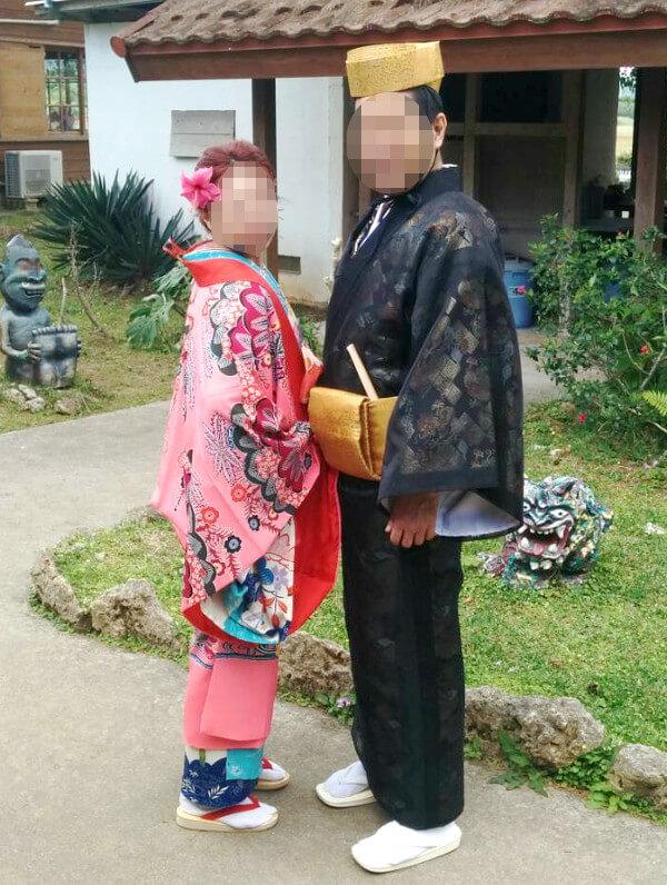琉球衣装を横から見たところ