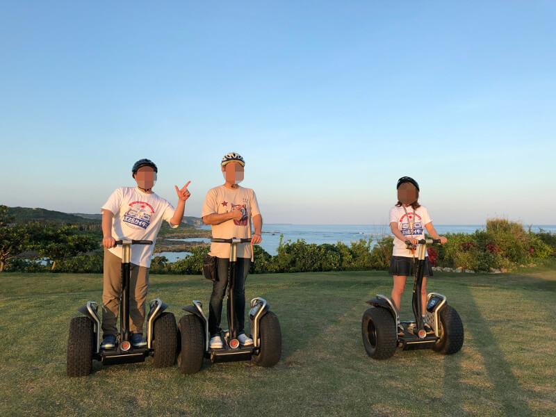 宮古島のシギラリゾートでセグウェイで記念撮影〜海が見える丘で
