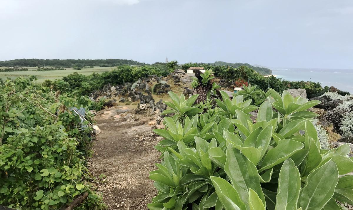 宮古島の天海山石庭(2)