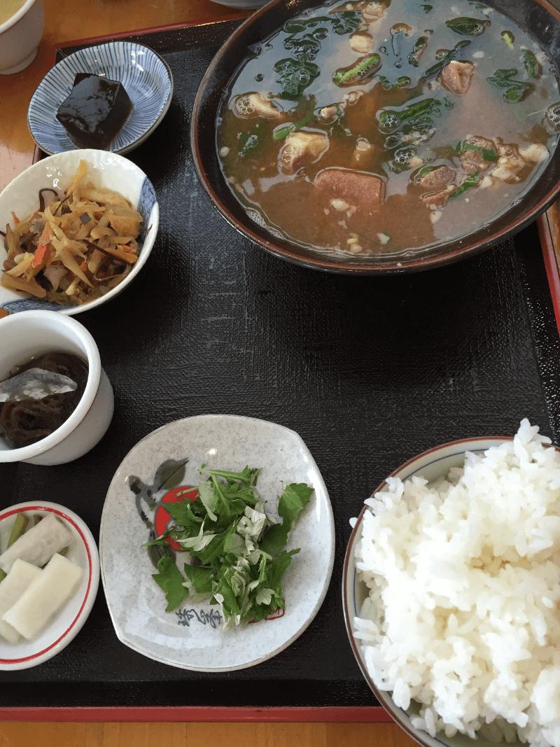 宮古島「味のみやこ」ヤギ汁定食