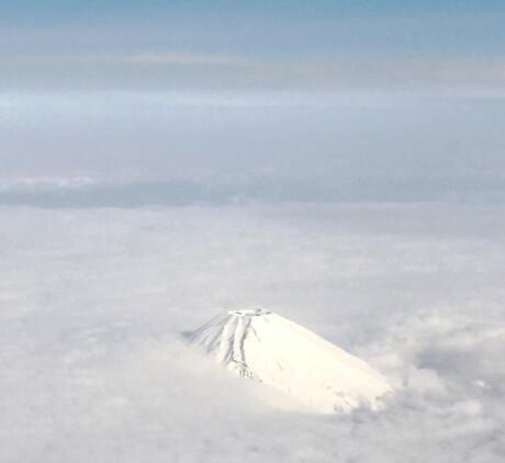 宮古島と羽田の直行便(往復)チケットは座席指定をして富士山を見よう